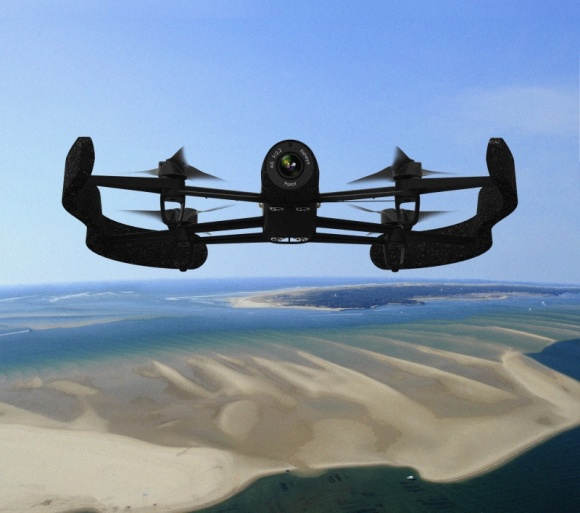 Parrot Bebop Drone, ultra lekki dron z kamerą Full HD i cyfrową LIFESTYLE, IT i technologie - Bebop Drone to technologicznie zaawansowany, służący do rozrywki quadrokopter, o profesjonalnych parametrach.