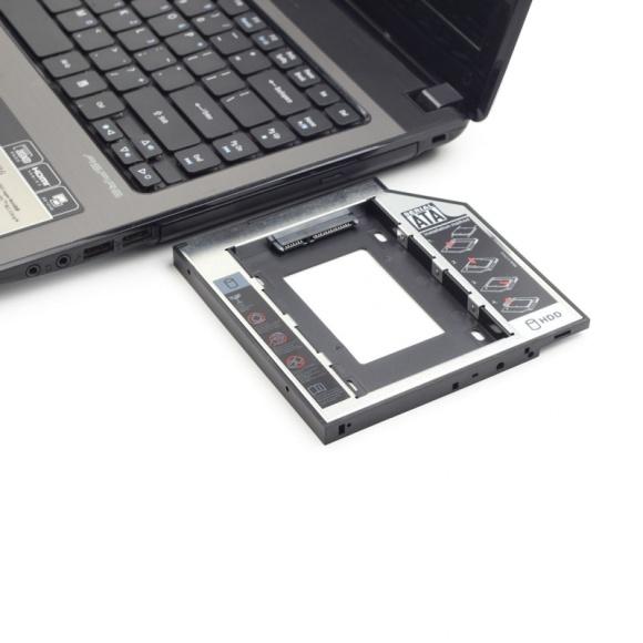 Gembird: gdy dysk SSD to za mało LIFESTYLE, IT i technologie - Ramka na dysk od Gembirda umożliwi łatwą wymianę napędu DVD na dysk HDD lub SDD. To idealne rozwiązanie dla użytkowników laptopów, którym zależy na powiększeniu przestrzeni dyskowej o dodatkowe gigabajty pamięci.