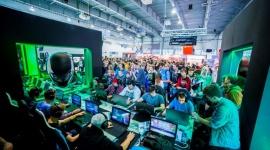 Komputronik podsumowuje Poznań Game Arena 2015 LIFESTYLE, IT i technologie - W ostatni weekend Poznań zamienił się w gamingową stolicę Polski. Wszystko za sprawą targów Poznań Game Arena. Na dorocznym święcie graczy nie mogło zabraknąć także Komputronik.