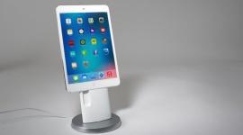 LandingZone dla mobilnych urządzeń Apple LIFESTYLE, IT i technologie - Dla wielu osób, mobilne urządzenia Apple stały się niezastąpionym narzędziem pracy. Stacja dokująca LandingZone IONA to ciekawe rozwiązanie dla każdego, kto lubi mieć swój telefon zawsze w zasięgu ręki.