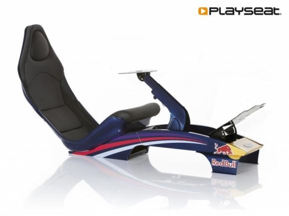 Playseat: bolid w Twoim domu LIFESTYLE, IT i technologie - Fani szybkiej jazdy wiedzą, ile radości może sprawiać nagły zastrzyk adrenaliny. Dzięki akcesoriom symulatorowym, niemalże każdy z nas może mieć możliwość przejażdżki bolidem Formuły 1 w swoich czterech ścianach.