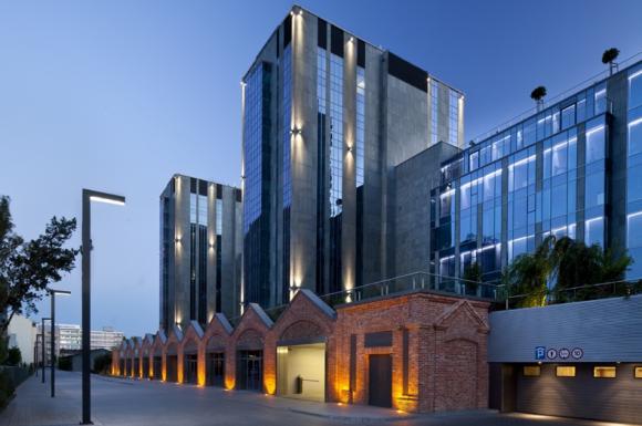 Electrolux Poland postawił na Karolkowa Business Park! LIFESTYLE, IT i technologie - Do grona najemców nowoczesnego biurowca Karolkowa Business Park dołączyła kolejna prestiżowa firma – Electrolux Poland, która zagospodaruje łącznie ponad 1,3 tys. m kw. powierzchni. W biurowcu powstanie również pierwszy w Polsce Taste Center marki Electrolux.