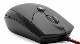 Zalman: mysz na monitory 4K LIFESTYLE, IT i technologie - Korzystanie z monitorów o wysokiej rozdzielczości wymaga myszki o zadowalającej nawigacji i parametrach wyższych, niż przy dotychczasowej pracy. Graczy swoimi właściwościami wspomagać ma myszka Zalmana ZM-M600R.